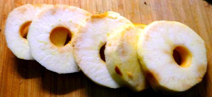 Orientalische Möhrensuppe,Apfel im Schlafrock,vegan (15)
