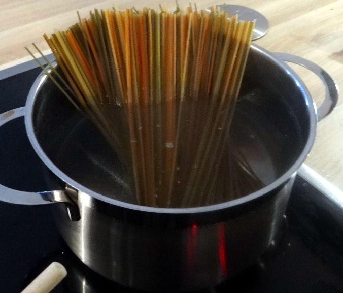 Zucchini Zoodles,Spaghetti,Tomatensauce (10)
