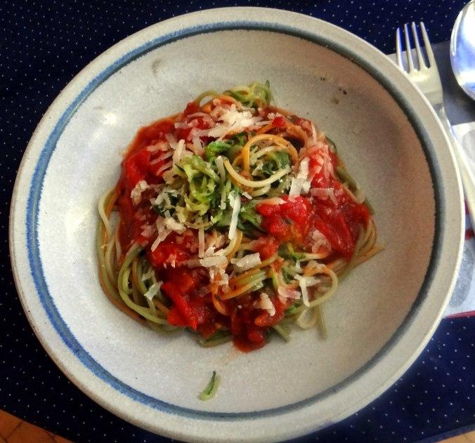 Zucchini Zoodles,Spaghetti,Tomatensauce (17)