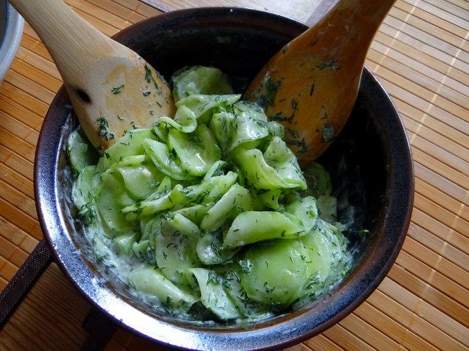 Gefüllte Portobello,Kartoffelstampf mit Rucola,Salate (13)
