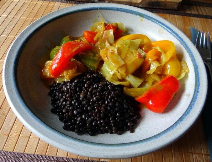 Gemüse in Kokosmilch mit Belugalinsen (14)