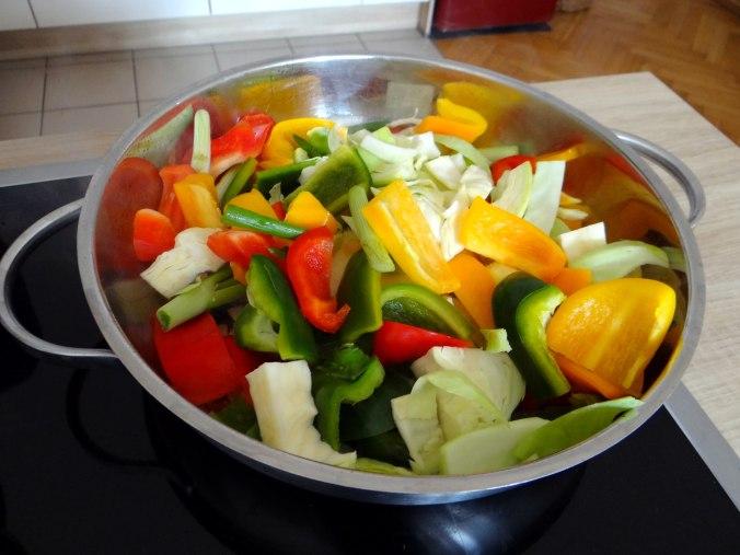 Gemüse in Kokosmilch mit Belugalinsen (7)