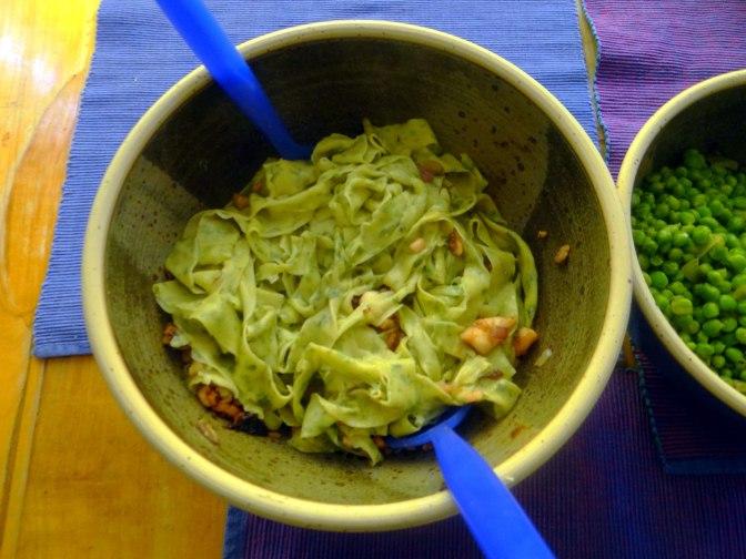 Nudeln mit Meeresfrüchten,Erbsen,Erdbeereis,vegetarisch (25)