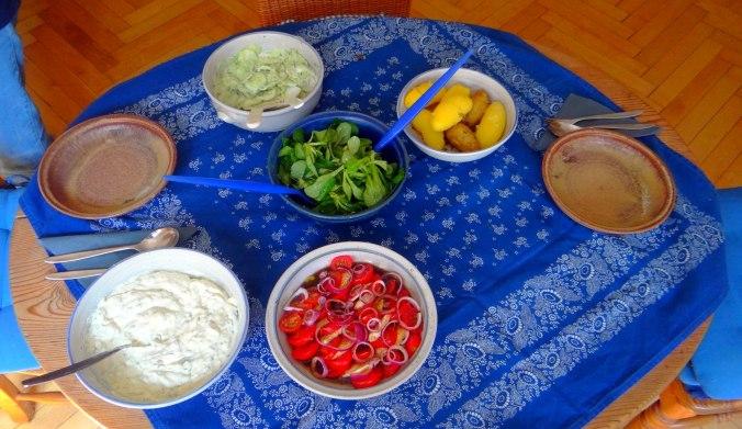 Quark,Salate,Pellkartoffeln,Obstsalat (11)