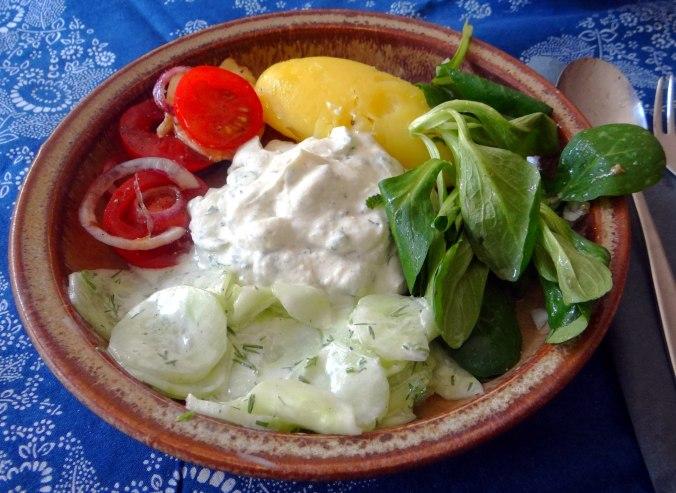 Quark,Salate,Pellkartoffeln,Obstsalat (14)