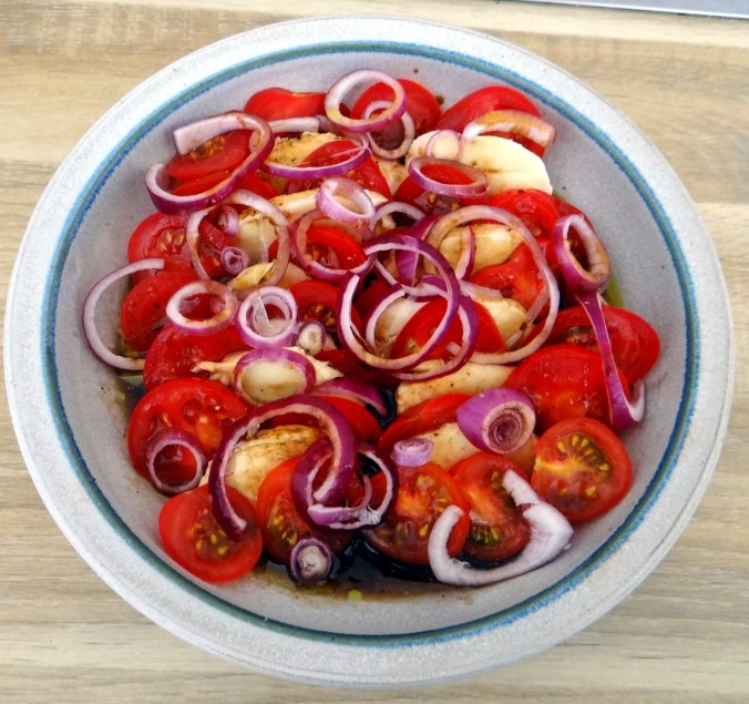 Quark,Salate,Pellkartoffeln,Obstsalat (4)