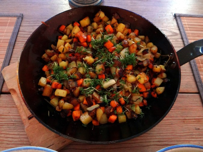 Rohgebratene Kartoffeln,Guacamole,Kohlrabisalat,Zitronenmuffins, , (10)