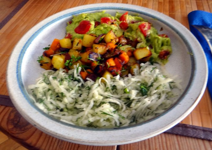Rohgebratene Kartoffeln,Guacamole,Kohlrabisalat,Zitronenmuffins, , (18)