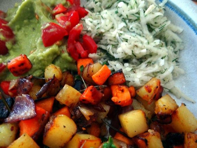 Rohgebratene Kartoffeln,Guacamole,Kohlrabisalat,Zitronenmuffins, , (3)