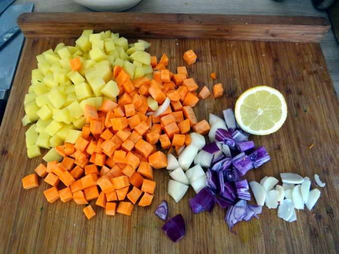 Rohgebratene Kartoffeln,Guacamole,Kohlrabisalat,Zitronenmuffins, , (7)