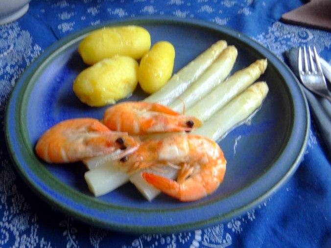 Spargel,Garnelen,Neue Kartoffeln,vegetarisch (15)