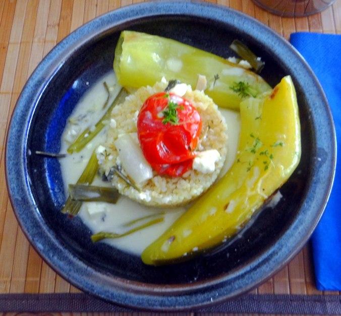Spitzpaprika mit Wein,Bulgur,Aprikosenkompott,vegetarisch (1)