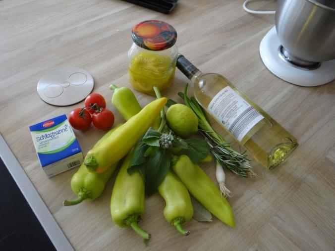 Spitzpaprika mit Wein,Bulgur,Aprikosenkompott,vegetarisch (5)