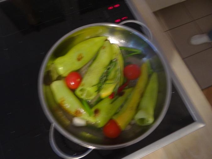 Spitzpaprika mit Wein,Bulgur,Aprikosenkompott,vegetarisch (8)