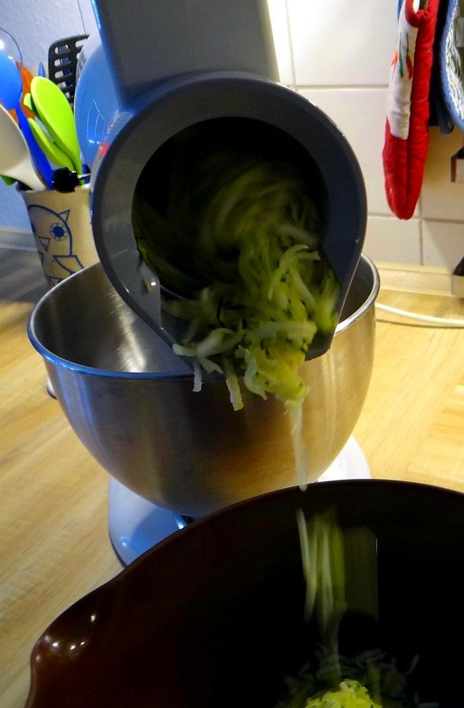 Zucchini Puffer,Salat (6)