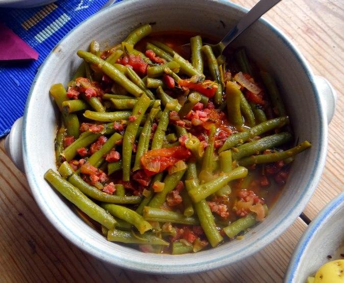 Bohnengemüse,Pellkartoffeln,Obstsalat (9)