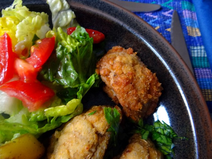 Fritierte Portobello,Bratkartoffeln,Pimientos,Salat,vegan (3)