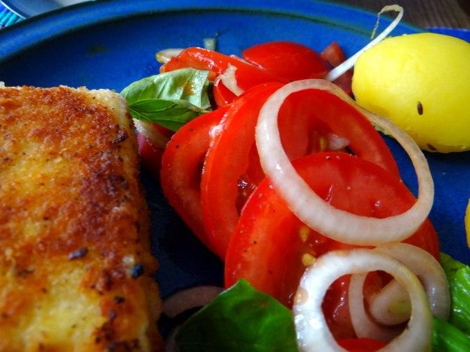 Gebratener Feta,Tomatensalat,Pellkartoffeln,Muffins,Apfelmuffins,vegetarisch (4)