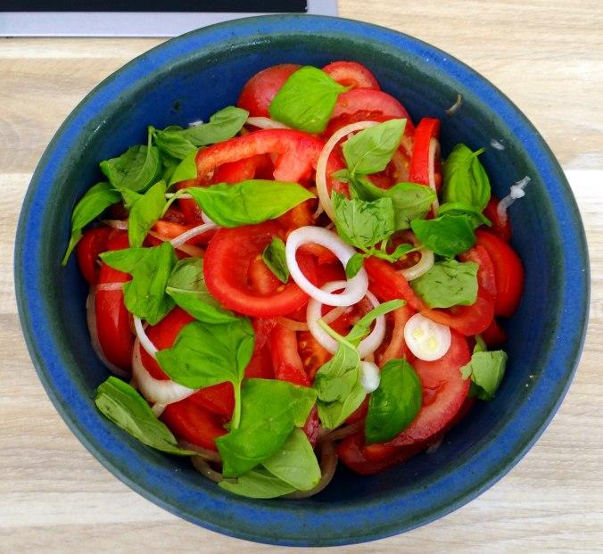 Gebratener Feta,Tomatensalat,Pellkartoffeln,Muffins,Apfelmuffins,vegetarisch (9)