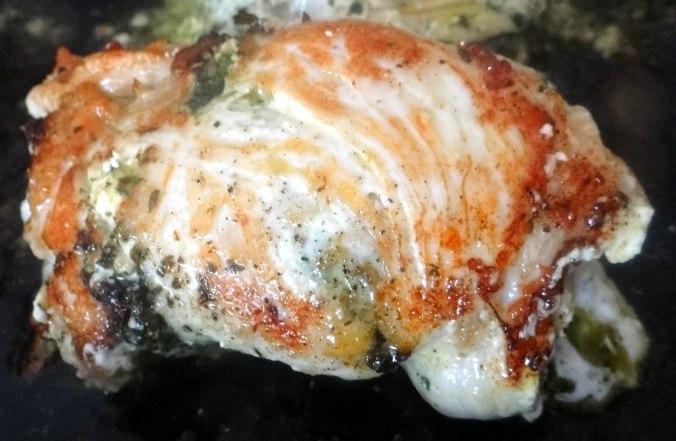 Gefüllte Hähnchenbrust,Erbsen,neue Kartoffeln (10)