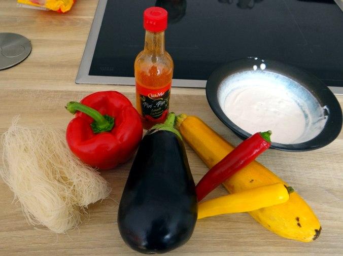 Gemüse in Kokosmilch,Vanillepudding,Sahne (5)