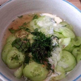 Kartoffeln,Rührei,Salate (7)