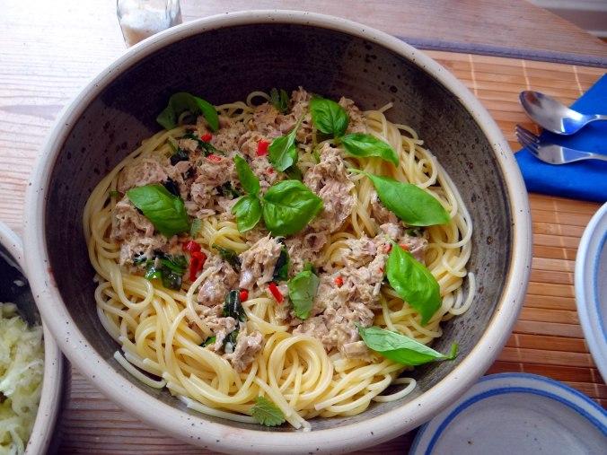 Pasta al Tonno,Spagetthi mit Thunfisch (6)