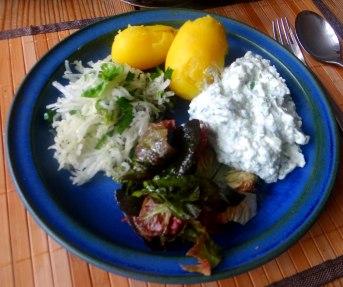 Quark,Pellkartoffeln,Kohlrabisalat,Roemersalat,Dessert (12)