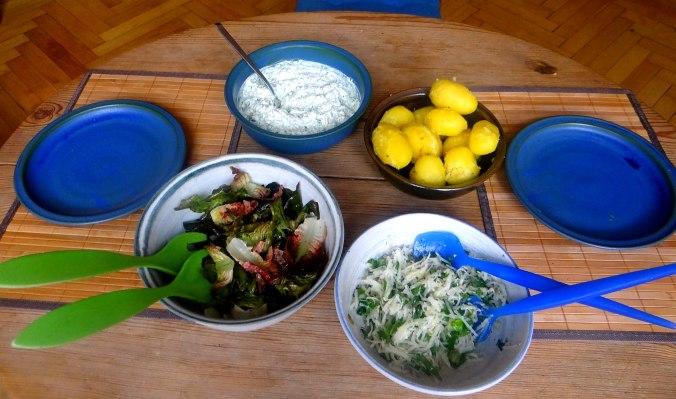 Quark,Pellkartoffeln,Kohlrabisalat,Roemersalat,Dessert (3)