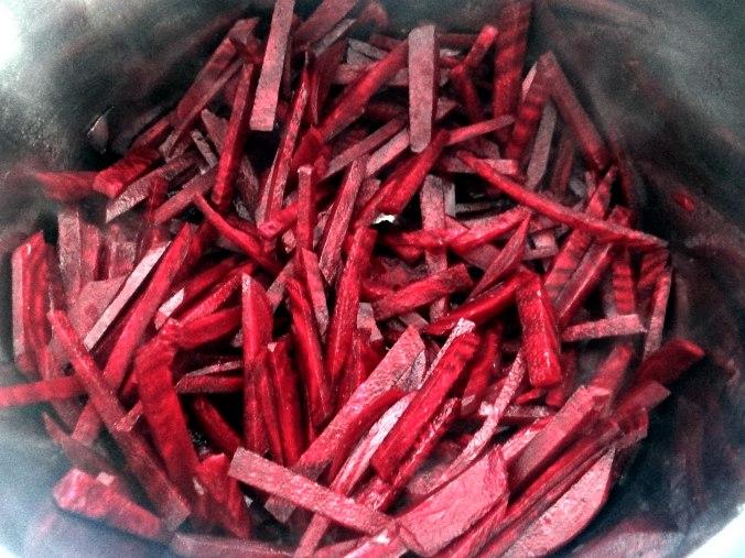 Rote Beete Gemüse,Garnelen,Pellkartoffeln (10)