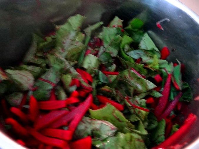 Rote Beete Gemüse,Garnelen,Pellkartoffeln (16)