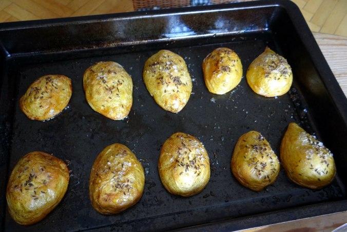 Rote Beete Gemüse,Kümmelkartoffeln,Salat,Quarkspeise,vegetarisch (12)