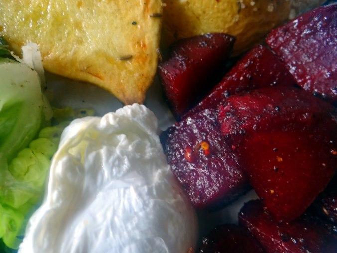 Rote Beete Gemüse,Kümmelkartoffeln,Salat,Quarkspeise,vegetarisch (19)