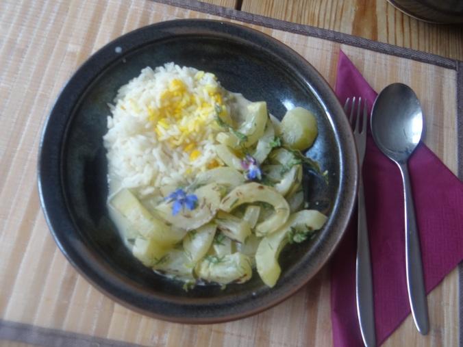 Schmorgurken,Reis,Eierpfannkuchen (2)