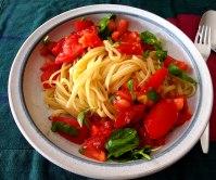 Spaghetti mit Tomatensugo (10)