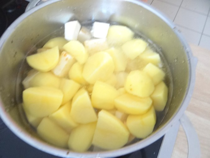 Wachteln,Kartoffel-Sellerie Stamp,Bohnensalat,Champignon (16)