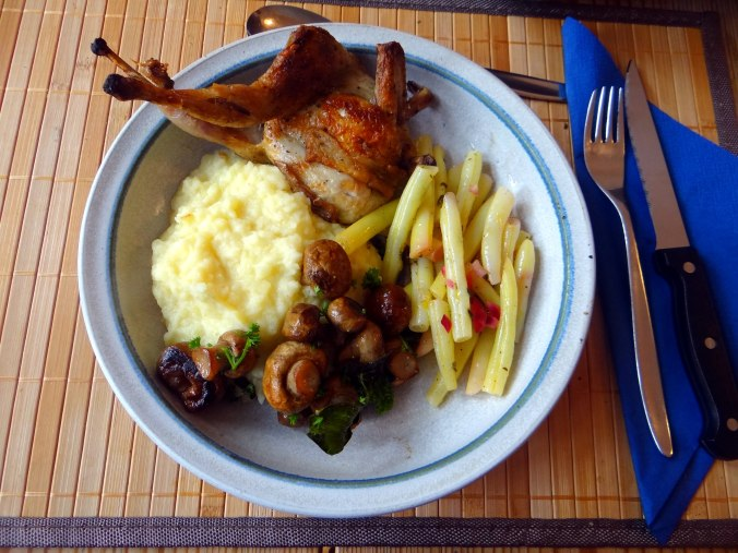 Wachteln,Kartoffel-Sellerie Stamp,Bohnensalat,Champignon (2)