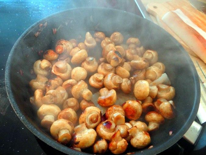 Wachteln,Kartoffel-Sellerie Stamp,Bohnensalat,Champignon (21)