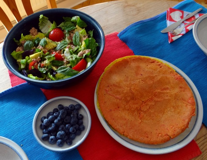 Buchweizen Pfannkuchen,Salat,pescetarisch (17)