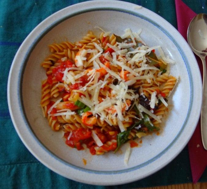 Emmer-Spirelli,Tomatensauce,Flußkrebse,Basilikum (15)