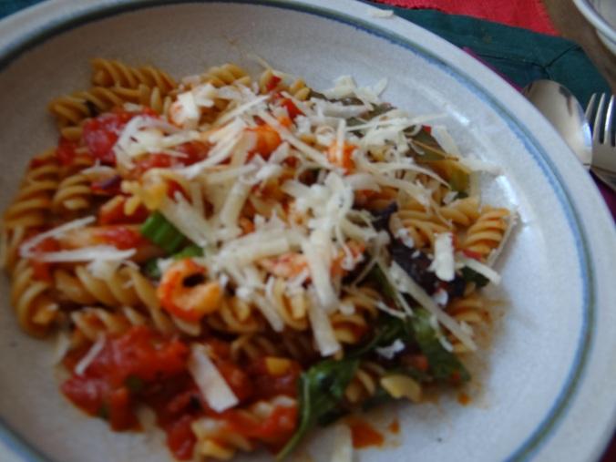 Emmer-Spirelli,Tomatensauce,Flußkrebse,Basilikum (3)