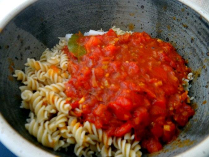 Emmer-Spirelli,Tomatensauce,Flußkrebse,Basilikum (8)