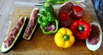 Gefüllte Paprika,Schmorgurke,Tomate,Zucchini,Reis,Bananeneis (13)