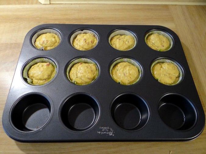 Herrzhafte Muffin,Rote Beete Salat,Geschmorte Radieschen,Tomaten mit Mozarella,Römersalat (12)