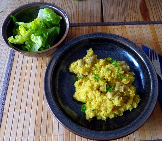 Hirsotto mit Champignon,Salat,Joghurt Eis,vegetarisch (1)