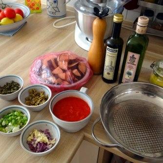 Süß-saures Auberginengemüse,CousCous,Salat,vegetarisch (7)