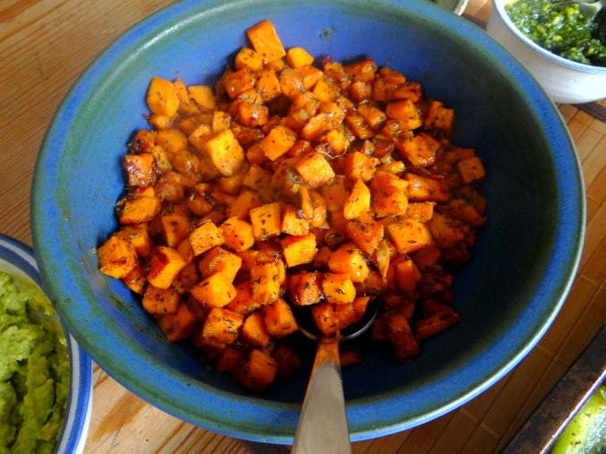 Glasierte Süßkartoffeln und Ofengemüse (10)