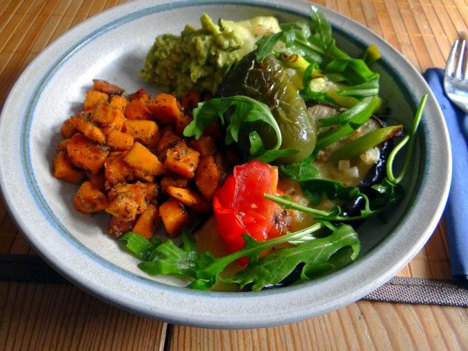 Glasierte Süßkartoffeln und Ofengemüse (2)