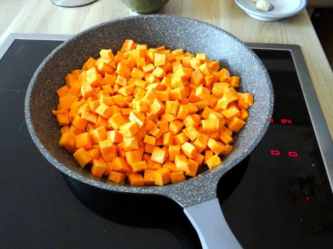 Glasierte Süßkartoffeln und Ofengemüse (8)