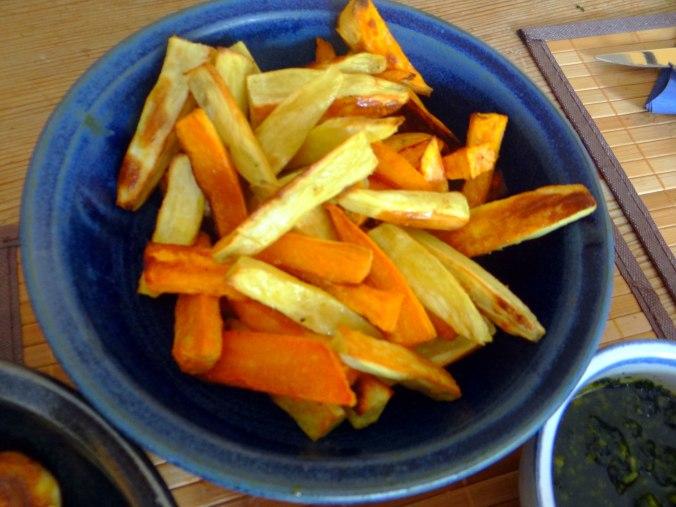 Pastinaken Pommes,Champignon,Ei,Salat,Birnenmus 1 (15)
